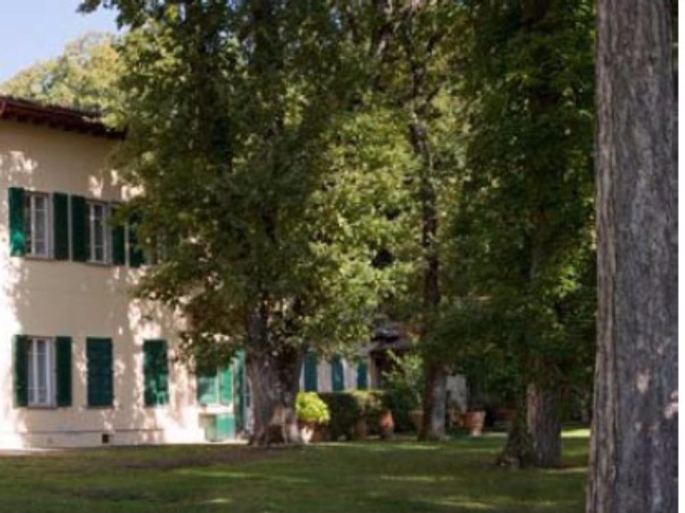 Fiesole terrazzo e giardino Porzione Villa - Facciata su giardino