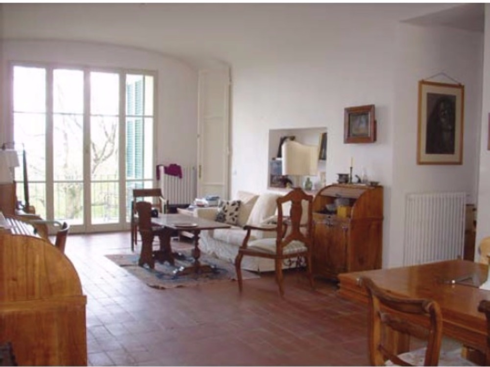 Fiesole terrazzo e giardino Porzione Villa - Soggiorno Pranzo con la vetrata sul Terrazzo