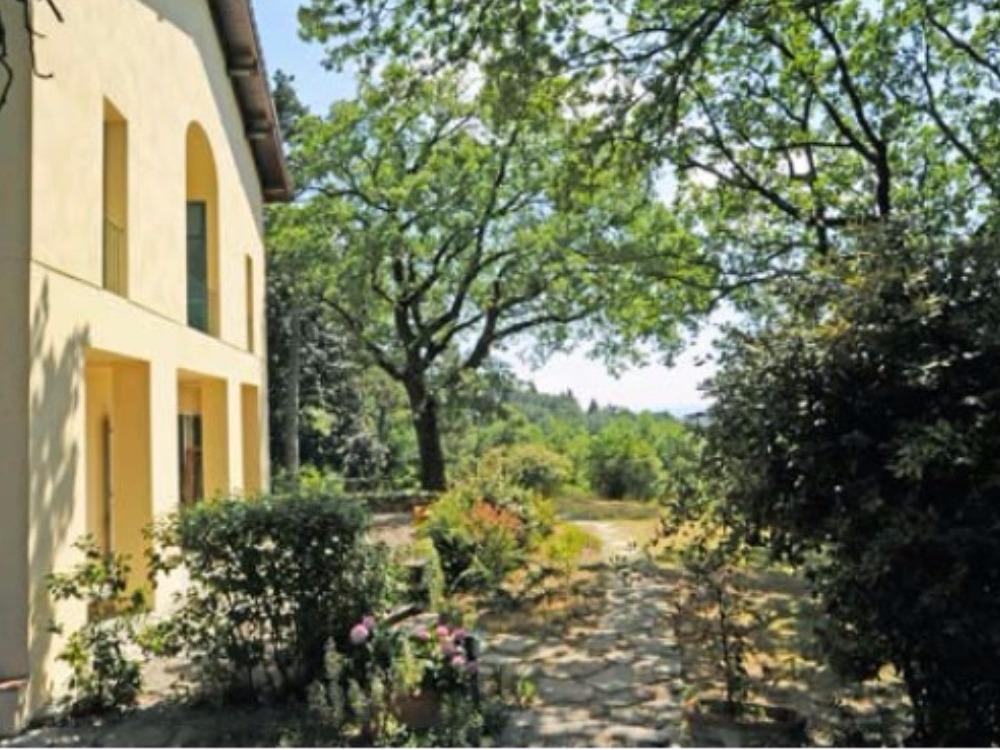 Fiesole terrazzo e giardino Porzione Villa -  Facciata sul lato occidentale