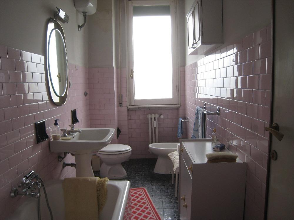 Vittorio Emanuele - bagno con finestra